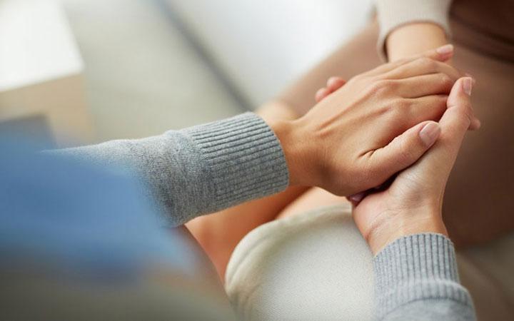 همدلی - طرز برخورد با افراد دمدمی مزاج