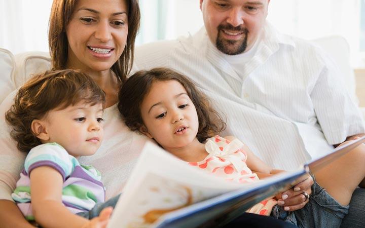کودکتان را در آغوش بگیرید - کتابخوانی کودکان