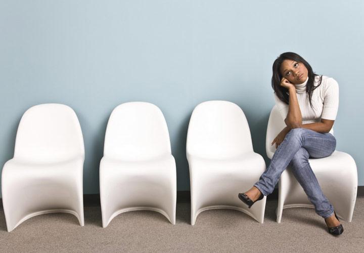نشستن در اتاق انتظار - مدیریت زمانهای مرده