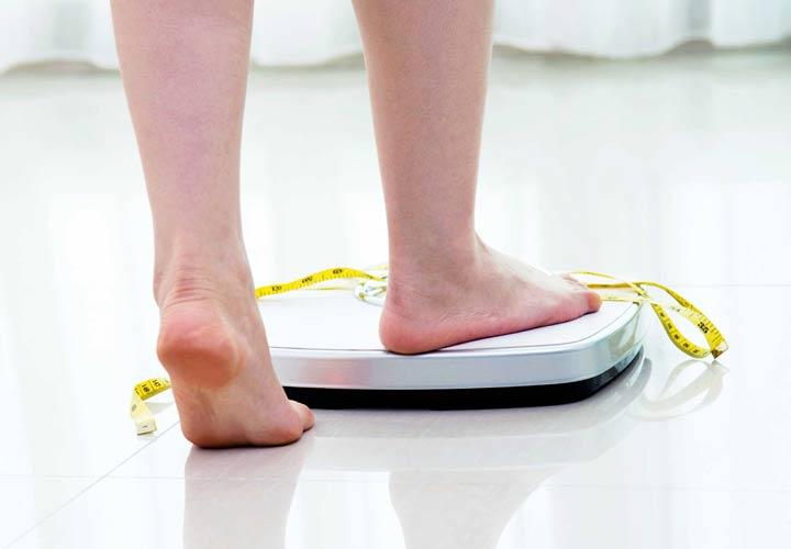 خواص کدو سبز - کدو سبز کالری نسبتا کمی دارد و به کاهش وزن کمک می کند.