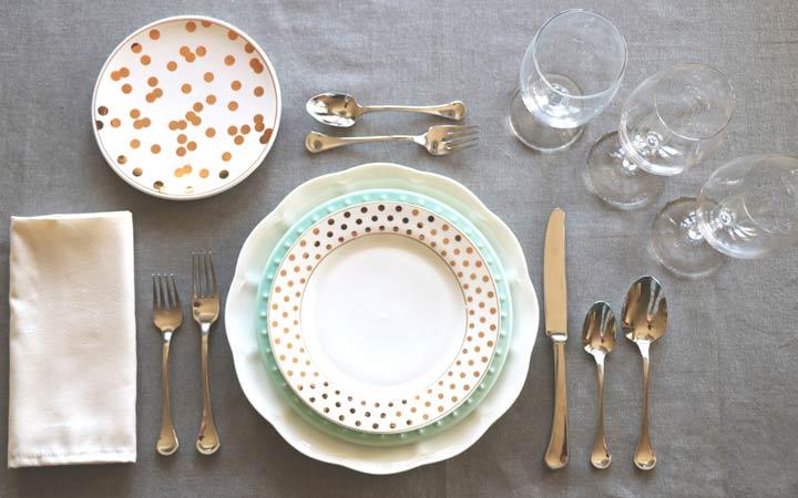 آداب معاشرت - آداب حضور در مهمانی و صرف غذا