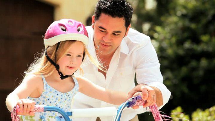 خلق خاطرات زیبا نمونهی مناسب رفتار پدر با دختر است