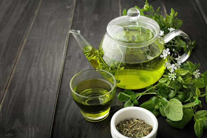 چای سبز - ۶ غذایی که اضطراب شما را کاهش می دهد