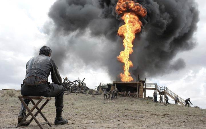 «خون به پا خواهد شد» نویسنده،کارگردان و تهیه کننده: پل توماس اندرسون محصول ۲۰۰۷(آمریکا)