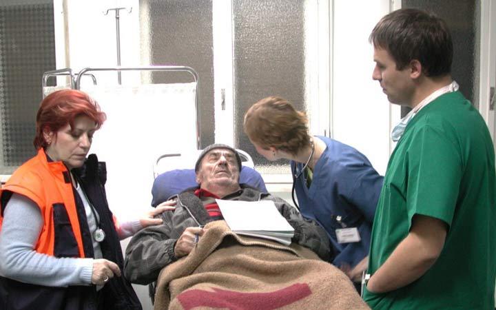 «مرگ آقای لازارسکو» نویسنده و کارگردان: کریستی پویو محصول ۲۰۰۵(رمانی)