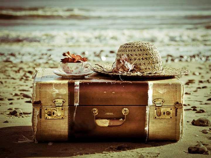 وسایل مورد نیاز سفر - انتخاب چمدان سفر بسیار مهم است. قبل از خرید حتما چند مطلب در خصوص آن مطالعه کنید.