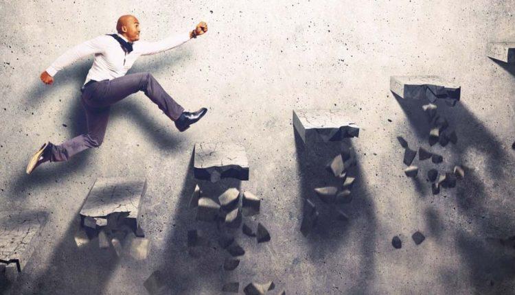 ۵۱ جمله الهامبخشی که شما را برای سختیهای زندگی آماده میکند