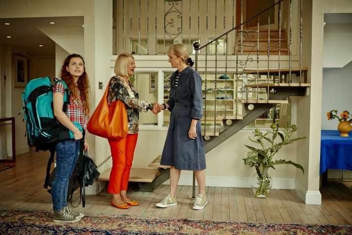 airbnb چیست