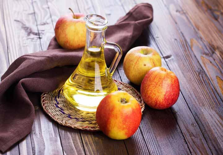 مصرف سرکه سیب از روش های درمان سوزش معده است.
