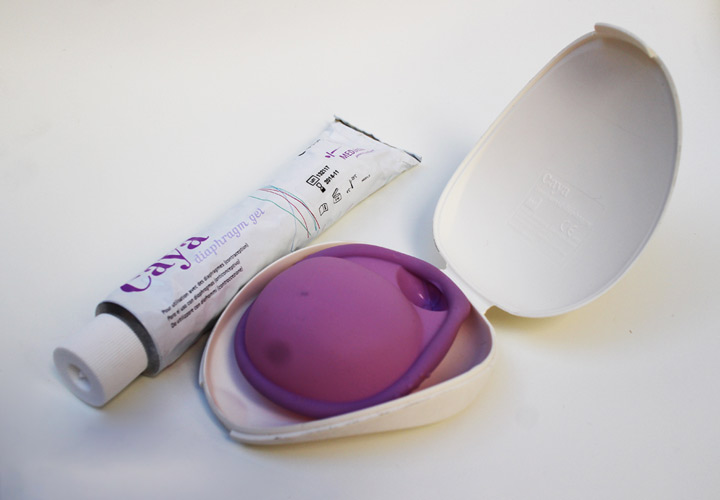 دیافراگم با اسپرمکش - جلوگیری از بارداری
