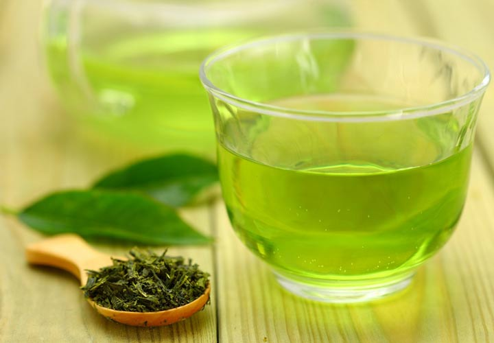 مصرف چای سبز به جربی سوزی شکم کمک می کند.
