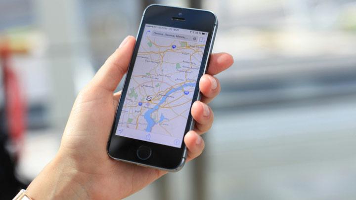 چگونه بدون تور سفر کنیم - استفاده از نقشه گوگل