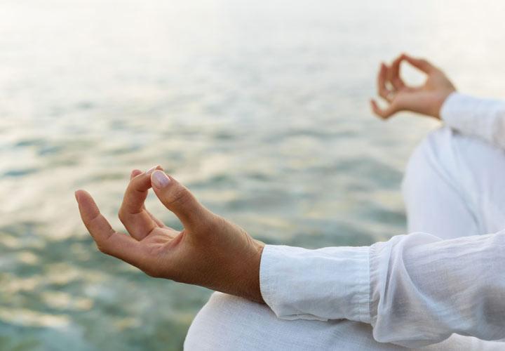 کاهش استرس ها به چربی سوزی شکم کمک می کند.