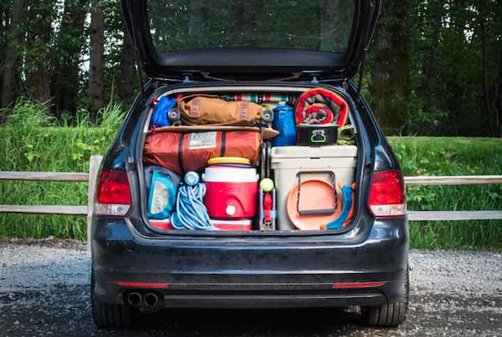 وسایل مورد نیاز سفر - چیدن وسایل در وسیله نقلیه یکی از مهارتهای سفر است.