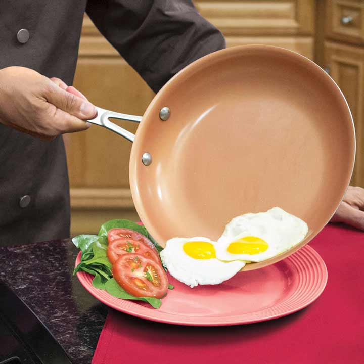 آیا استفاده از ظروف نچسب خطرناک است؟
