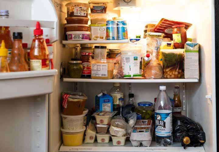 بوی بد قفسهها را از بین ببرید - از بین بردن بوی بد یخچال
