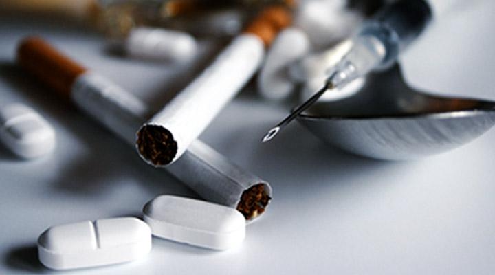 کابوس دیدن - الکل و مواد مخدر