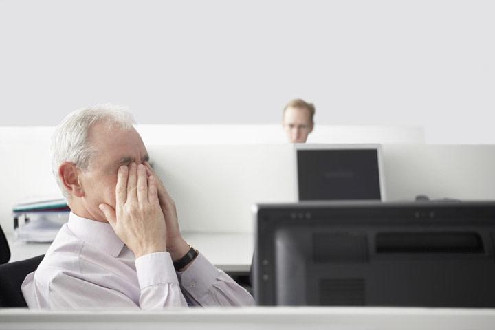 سلامت کارکنان و نمایشگرهای کامپیوتر