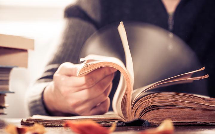 خلاصه نویسی - مطالب را سریع بخوانید