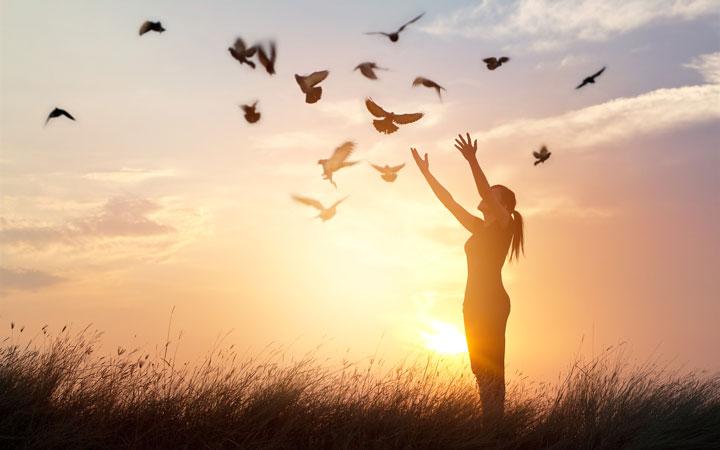 ۱۲ روش برای فراموش کردن کینه و کدورت ها - تصمیم بگیرید که خودتان را ببخشید