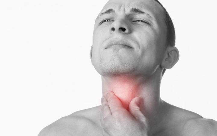 سرطان حنجره - علائم و نشانههای سرطان حنجره