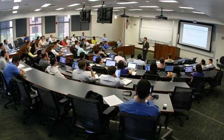 دانشکده MBA