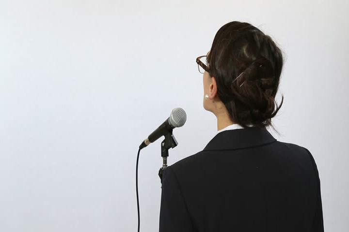 لرزش صدا- کسب آمادگی برای سخنرانی
