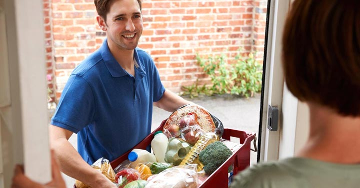 سرویس تحویل غذا - ۲۱ راه برای وزن کم کردن تنبل ها