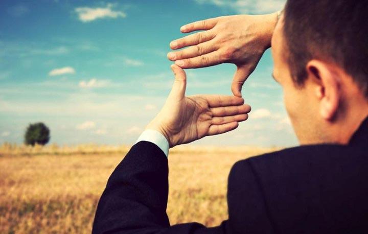 جذب ثروت - بر روی چیزی که میخواهید تمرکز کنید