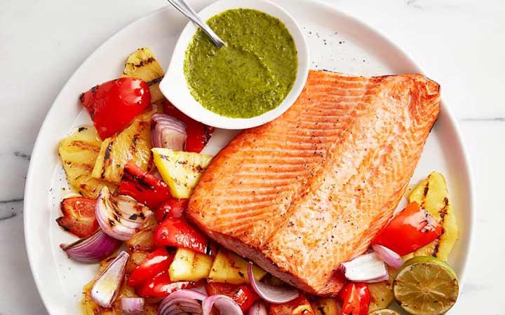 ماهی یکی از بهترین منابع  پروتئین است