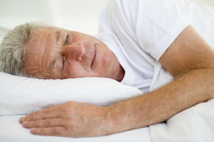 عرق کردن در خواب یک مشکل شایع در میان بزرگسالان است