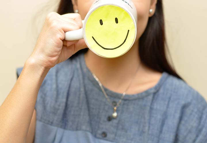 مثبتاندیشی در محیط کار -لبخند