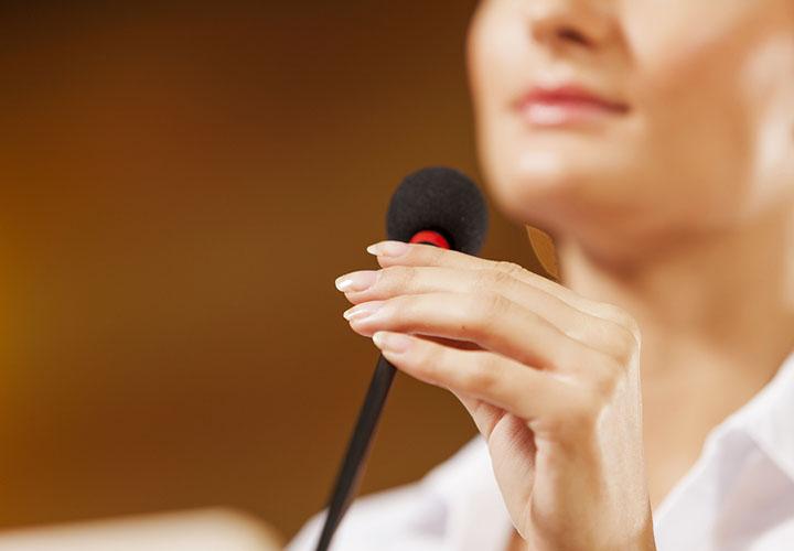 لرزش صدا- سخنرانی موفق