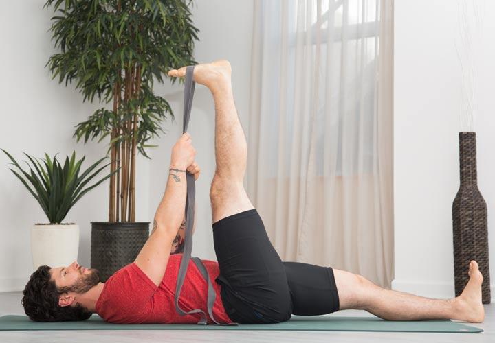 کشش پا حرکت کششی است که به خوش اندامی شما کمک می کند.
