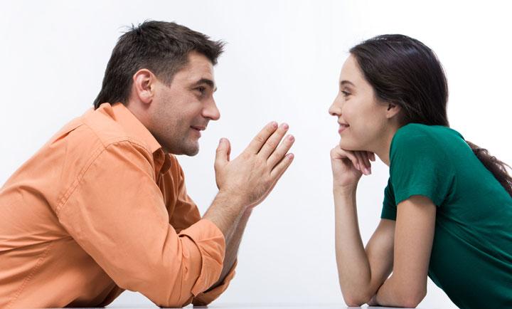عشق ورزیدن افراد درونگرا، گوش دادن