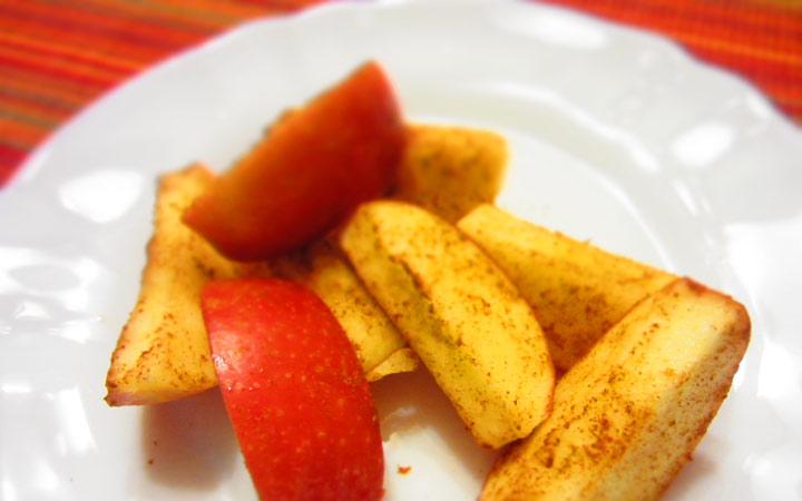 سیب و دارچین در فصل سرما شما را گرم میکنند - غذاهای مناسب فصل سرد