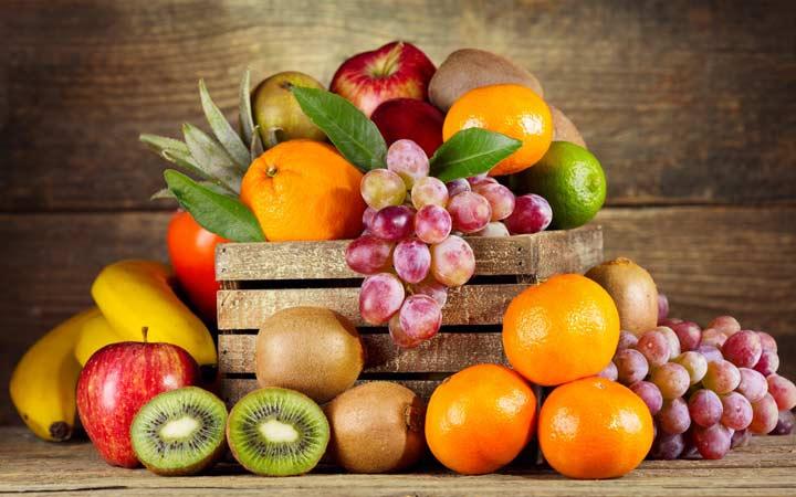 آیا بهتر است میوهها و سبزیجات را با پوست مصرف کنیم؟ - پوست میوهها سرشار از موادمغذی است