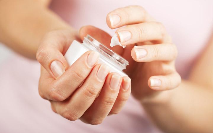 مصرف ویتامین K جهت حفظ سلامت پوست مضر است.
