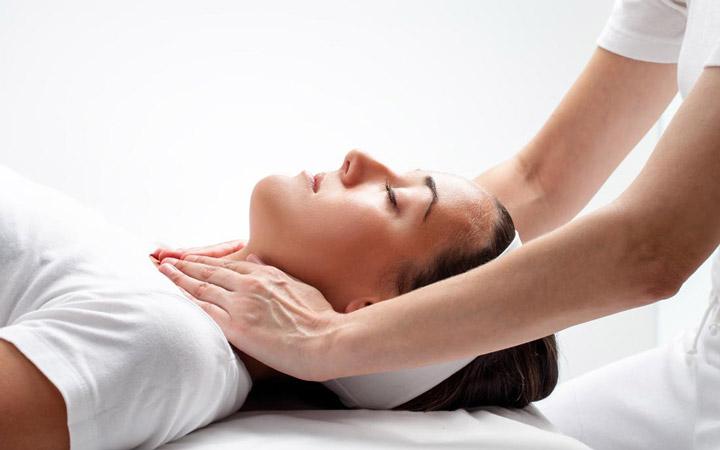 درمان سردرد - درمان کایروپراکتیک