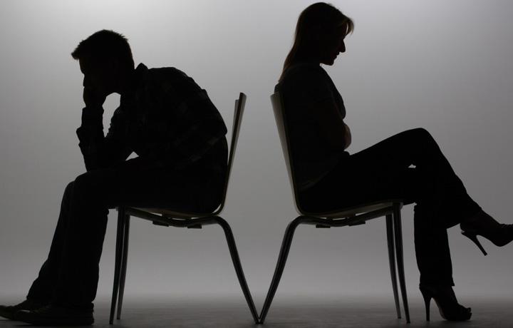رابطه عاطفی ناسالم +خودتان را گول نزنید