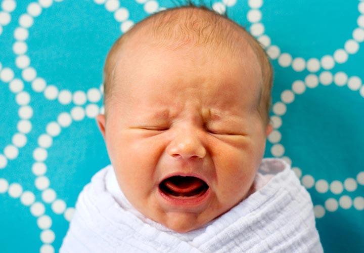 گرسنگی - گریه نوزاد