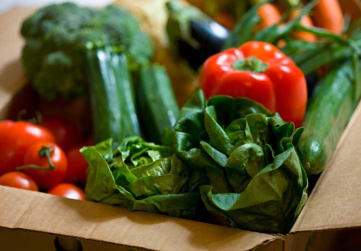 مصرف سبزیجات میل شما به شیرینیجات را کمتر میکند.