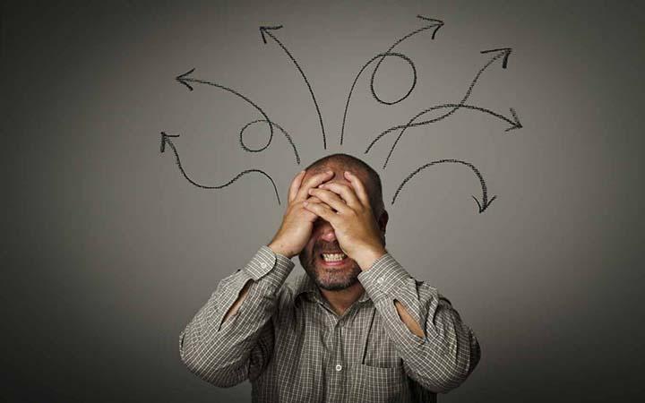 ۱۰ اشتباهی که هرگز نباید در گفتگوهایتان مرتکب شوید