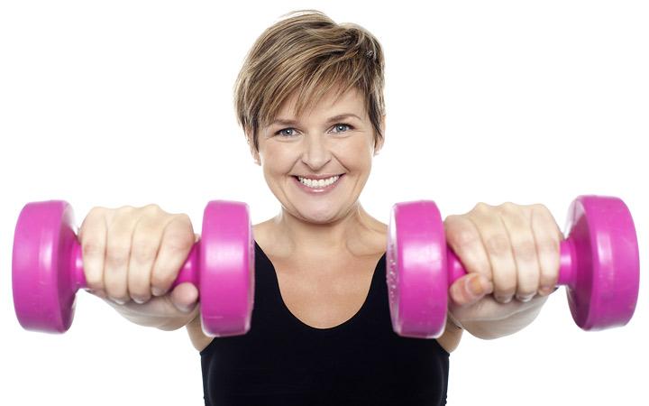 در دوران یائسگی ورزش قدرتی انجام دهید