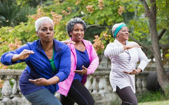 در دوران يائسگي بيشنر ورزش كنيد