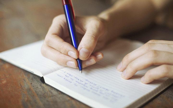 انگلیسی مثل آب خوردن - هر روز چند جمله انگلیسی بنویسید