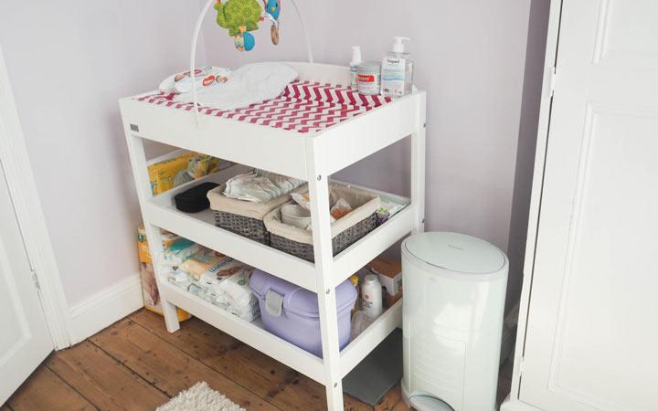 دکوراسیون اتاق نوزاد - میز تعویض پوشک