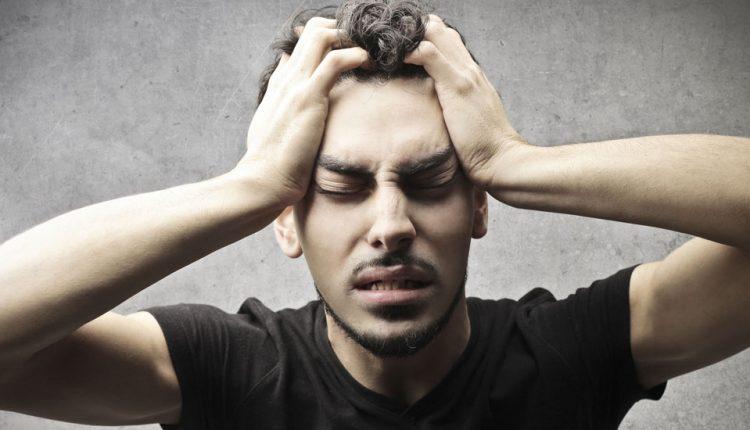 از کجا بفهمیم سردرد داریم یا میگرن