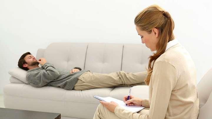 روان درمانی می تواند به درمان اختلال پرخوری کمک کند