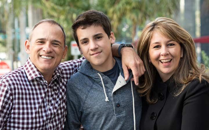 افسردگی در نوجوانان - در کنار فرزند خود باشید